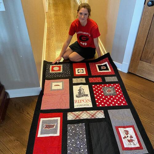 Chase Polyak '25 and her quilt
